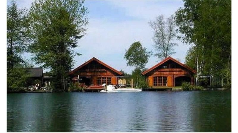 günstige Holzhäuser, Blockhäuser,
