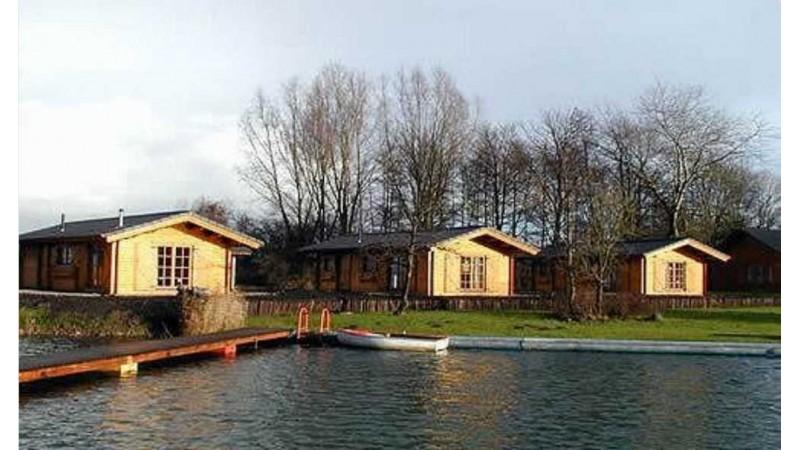 günstige Holzblockhäuser Ferienhäuser.